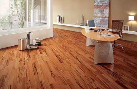 Useful Tips for Dusting Wood Floors